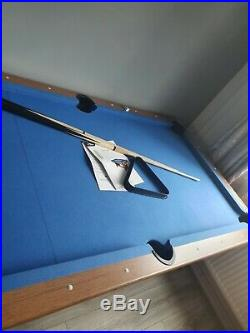 6 ft pool table nearly new condition blue all accessories