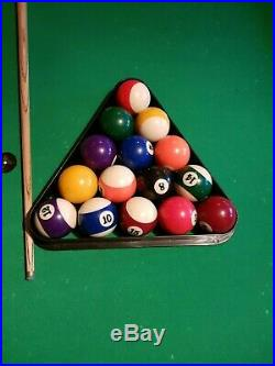 8ft AMERICAN POOL TABLE With ACCESSORIES