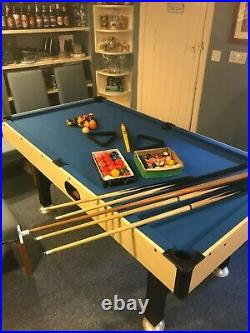 Full Size Pool Table Excellent Condition + Balls, Cues and Other Accessories