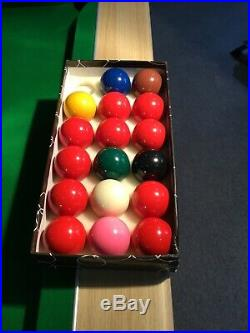 Hardly Used 6ft Pool Table 6 cues, Snooker & Pool balls, accessories, cover
