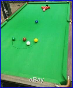 Slate bed snooker table, 7ftx4ft, Comes With Lots Accessories, Snooker Balls etc